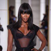 Fashion Week: Naomi Campbell exquise en lingerie, Carine Roitfeld sous le charme