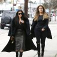Kim et Khloé Kardashian se rendent au magasin Sports Limited à Woodland Hills. Los Angeles, le 30 janvier 2015.