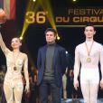 Fabrice Santoro et le prix de la médaille de bronze à la Troupe de Guangdong à la Soirée de remise des prix du 36ème Festival Mondial du Cirque de Demain au Cirque Phenix à Paris, le 1er février 2015.