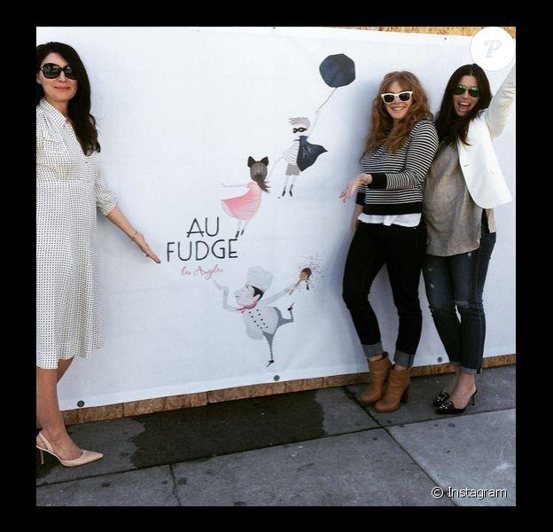 L'actrice Jessica Biel (enceinte) présente le logo de son futur restaurant Au Fudge qui devrait ouvrir prochainement, elle a posté cette photo sur son compte Instagram le 5 février 2015.