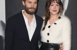 Dakota Johnson chic et Jamie Dornan barbu : Le duo de 50 Shades brillent enfin !