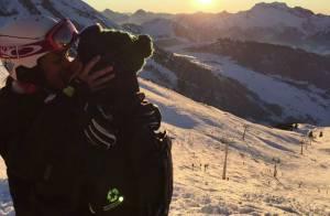 Marine Lorphelin et son petit ami Zack : Baiser passionné en altitude !