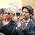 Bruno Madinier et sa femme - Obsèques de Pierre Mondy à Paris le 20 septembre 2012.