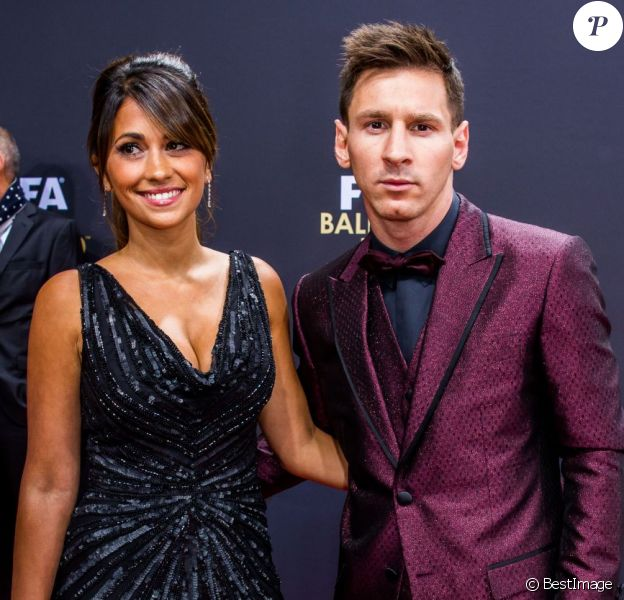 Lionel Messi et sa compagne Antonella Roccuzzo - Gala FIFA Ballon d'Or 2014 à Zurich, le 12 janvier 2015.