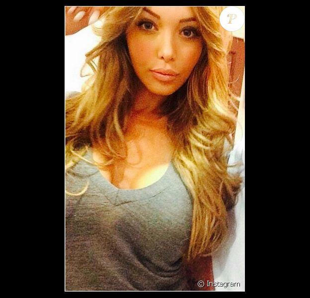 Nabilla regrette sa couleur blonde : l'annonce d'une métamorphose ?