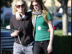 REPORTAGE PHOTOS : Kim Basinger et sa fille font bloc... contre l'attaque d'Alec Balwin !