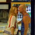 Bar Refaeli et son petit ami Adi Ezra dans les îles Mykonos en Grèce, le 30 août 2014