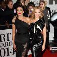 """Kylie Minogue et Dannii Minogue à la soirée des """"Brit Awards 2014"""" en partenariat avec MasterCard à Londres, le 19 février 2014."""