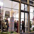 Atmosphere au lancement de la collection printemps-été 2015 de Rowena Forrest à la galerie Nabokov, à Paris, le 19 mars 2015