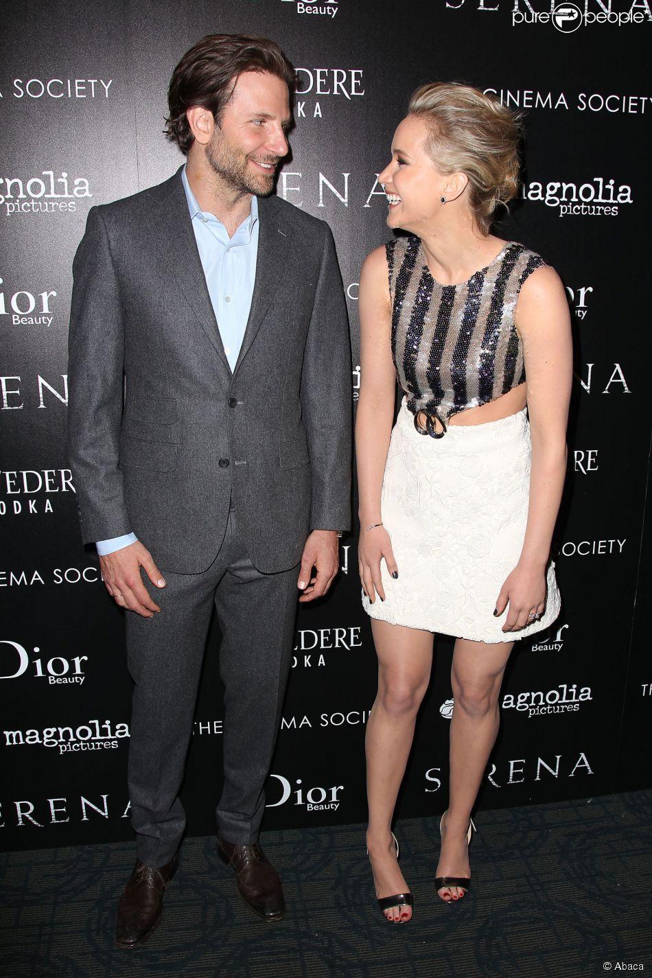 """Jennifer Lawrence, Bradley Cooper à la projection de """"Serena"""" au Magnolia Pictures & The Cinema Society à New York, le 21 mars 2015"""