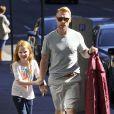 Ronan Keatin et ses trois enfants, Jack, Marie et Ali ainsi que Storm Uechtritz, en Australie, le 19 aout 2013