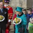 La reine Elizabeth II, accompagnée par son époux le duc d'Edimbourg, assistait le 2 avril 2015 au traditionnel Maundy Service du Jeudi Saint, en la cathédrale de Sheffield.