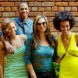 """"""" Photo familiale parfaite : tout va bien dans le meilleur des mondes entre Beyoncé, Jay-Z et Solange. La diva a posté cette photo sur son Tumblr, plus d'une semaine après l'affaire de la scène de l'ascenseur qui a fait le tour du web en mai 2014. """""""
