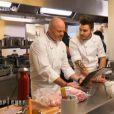 Philippe Etchebest et Kevin dans  Top Chef 2015  (la finale) sur M6, le lundi 13 avril 2015.