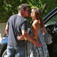 Vanessa Minnillo enceinte et son mari Nick Lachey sortent de chez le médecin à Brentwood, le 22 juillet 2014.