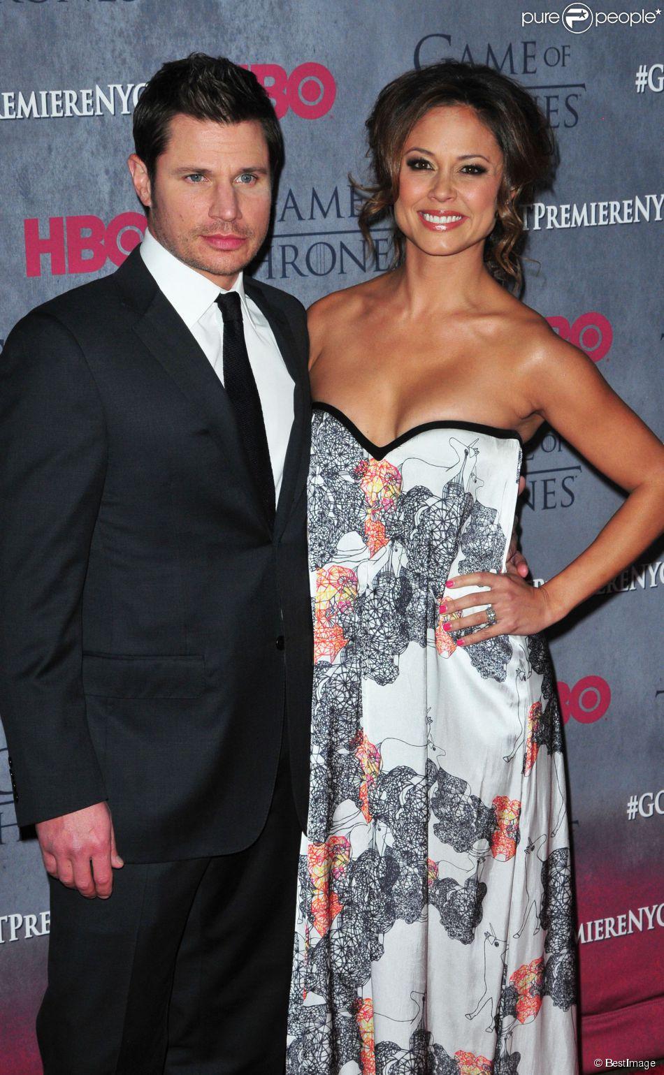 """Vanessa Minnillo et son mari Nick Lachey lors de la Présentation de la saison 4 de la série """"Game of Thrones"""" à New York, le 19 mars 2014."""