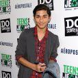 Mark Indelicato assiste au lancement de Do Something Network's Teens for Jeans program à Los Angeles, le 10 janvier 2012