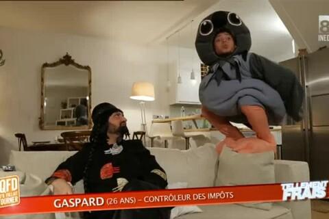 Rayane Bensetti déguisé en pigeon dans une délirante parodie de Tellement vrai !