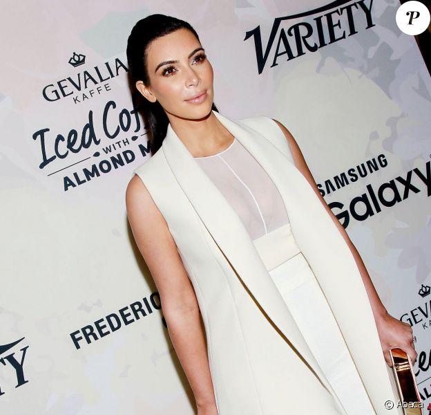 Kim Kardashian assiste au déjeuner Power of Women du magazine Variety au Cipriani 42nd Street. New York, le 24 avril 2015.