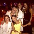 Eva Longoria au milieu des Spice Girls (sans Mel B !), le 2 mai 2015 à Marrakech pour l'anniversaire de David Beckham.