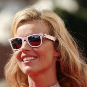 PHOTOS : Quand la splendide Eva Herzigova vous offre une coupe de champagne... difficile de refuser !