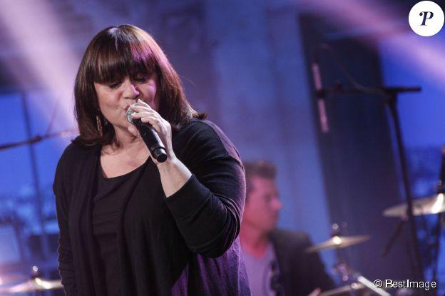 """Exclusif - Lisa Angell - Enregistrement de l'émission """"Du côté de Chez Dave"""" Spéciale Eurovision, qui sera diffusée le 17 mai 2015 sur France 3"""