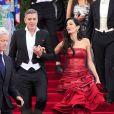 Amal et George Clooney lors du Met Gala du Costume Institute, le 4 mai 2015 au Metropolitan Museum de New York.