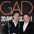 Exclusif - Gad Elmaleh et Michel Drucker, dans les coulisses du spectacle de Gad Elmaleh au Palais des Sports de Paris, pour fêter ses 20 ans de scène, le 10 décembre 2014.