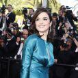 """Rachel Weisz parée de bijoux Chaumet - Montée des marches du film """"Youth"""" lors du 68e Festival International du Film de Cannes, le 20 mai 2015."""