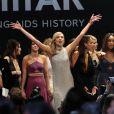 "Eva Longoria, Bella Hadid, Kendall Jenner, Karlie Kloss, Joan Smalls, Jourdan Dunn et Lara Stone lors du gala ""Cinema Against AIDS 22"" de l'amfAR à l'hôtel Cap-Eden-Roc. Antibes, le 21 mai 2015."