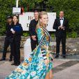 """Toni Garrn arrive à l'hôtel Cap-Eden-Roc pour assister au gala """"Cinema against AIDS 22"""" de l'amfAR. Antibes, le 21 mai 2015."""