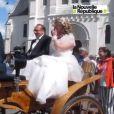 Mariage de Thierry et Véronique, à l'église de Valençay (Indre). Le 23 mai 2015. Les mariés en calèche.