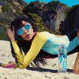 Tatiana Eriksen en pleine séance photo sexy pour la promotion de 138 Water à Malibu, le 24 mai 2015.