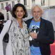 """Pierre Richard et sa femme Ceyla Lacerda - Dernière du spectacle """"Les Franglaises"""" au théâtre Bobino à Paris, le 27 mai 2015"""
