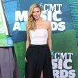 Brittany Snow - Cérémonie des Country Music Television Awards au Bridgestone Arena de Nashville, Tennessee, le 10 juin 2015.