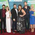 Dave Haywood et Kellie Cashiola et Hillary Scott et Chris Tyrrell et Charles Kelley et Cassie McConnell - Cérémonie des Country Music Television Awards au Bridgestone Arena de Nashville, Tennessee, le 10 juin 2015.