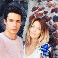 Caroline Receveur et son chéri Valentin en vacances sur l'île de Santorin en Grèce. Mai 2015.