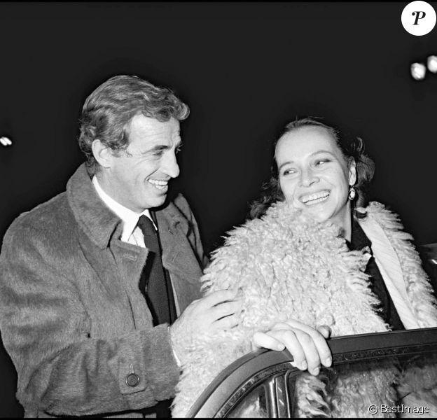 Jean-Paul Belmondo et Laura Antonelli en décembre 1980.