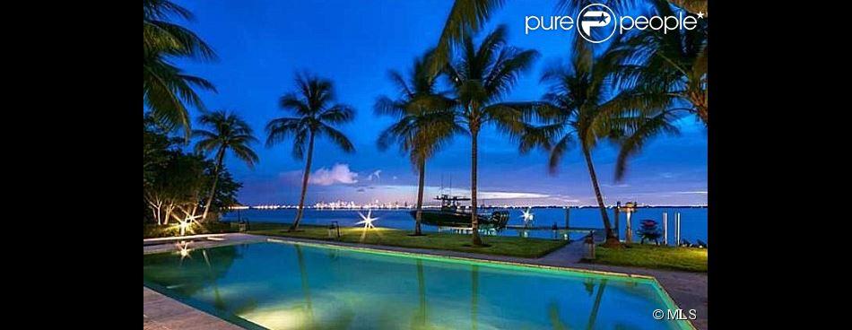 La star Jennifer Lopez a vendu sa villa de Miami au chanteur Phil Collins pour 33 millions de dollars