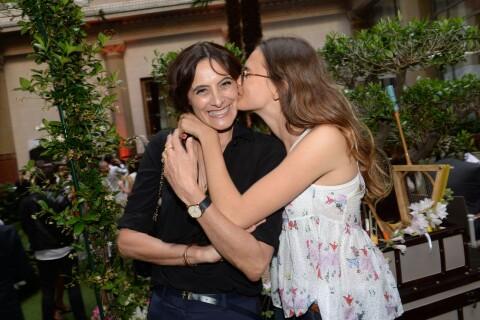Inès de La Fressange : Tendre moment de complicité avec sa fille Violette