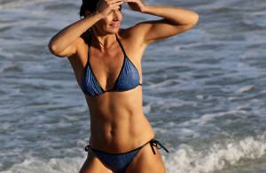 Paulina Porizkova sublime : À 50 ans, l'ancien top model impressionne en bikini
