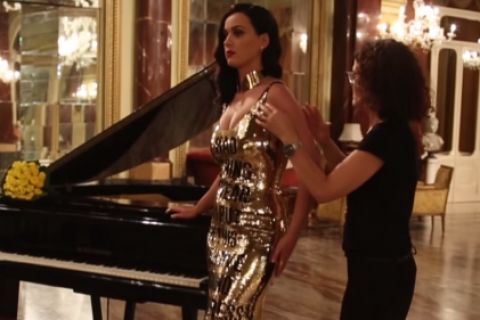 Katy Perry : Une bombe pleine aux as, future proprio d'un couvent