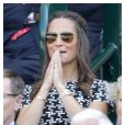 Pippa Middleton, en Carolina Herrera, à Wimbledon le 9 juillet 2015.