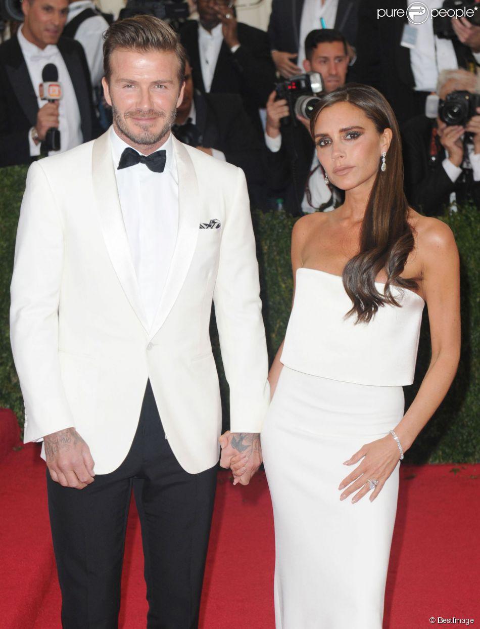 david beckham et sa femme victoria beckham soir e du met ball costume institute gala 2014. Black Bedroom Furniture Sets. Home Design Ideas