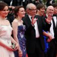 """Aisling Franciosi, Simone Kirby, Ken Loach, Rebecca O'Brien, Paul Laverty, Barry Ward, guest - Montée des marches du film """"Jimmy's Hall"""" lors du 67 ème Festival du film de Cannes – Cannes le 22 mai 2014."""