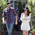 Exclusif - Lea Michele et son petit-ami Matthew Paetz vont déjeuner au restaurant alors qu'ils fêtent leur 1 an de relation en ce mois d'avril à West Hollywood, le 29 avril 2015.