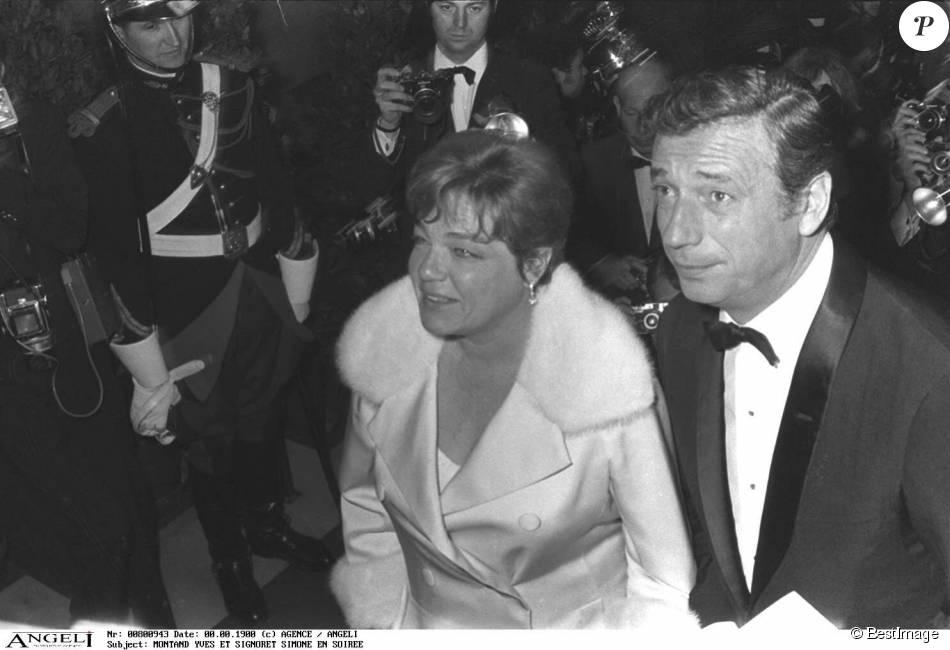 Yves Montand et Simone Signoret à Paris en 1967