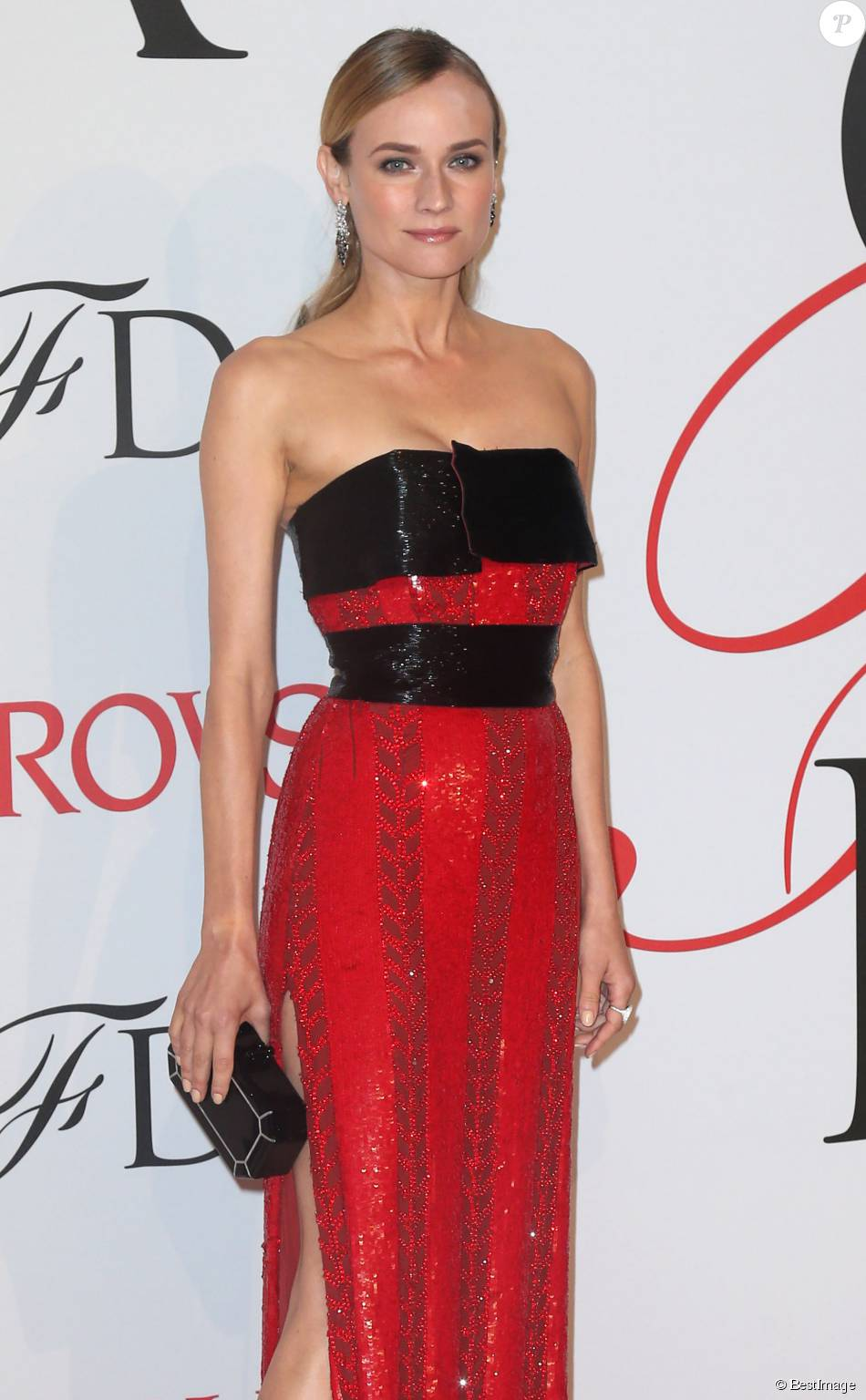 Diane Kruger - People à la soirée des CFDA Fashion Awards 2015 à New York, le 1er juin 2015.