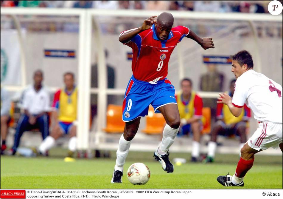 Paulo wanchope lors de la coupe du monde 2002 en cor e du sud purepeople - Coupe du monde de foot 2002 ...