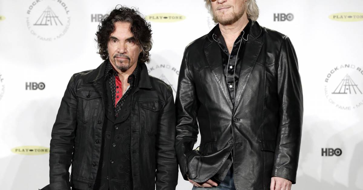 pine hall divorced singles Are celebrities more likely to divorce or break up earlier this week news reports surfaced that hall & oates singer daryl hall, 71, and his partner had split up is the american singer really single again.